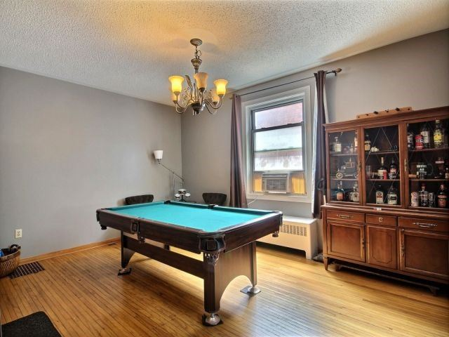 Detached at 142 Oxford St, Woodstock, Ontario. Image 17