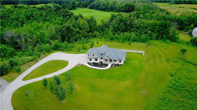 Detached at 5124 Tenth Line, Erin, Ontario. Image 1
