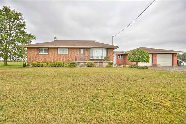 Detached at 2352 Smithville Rd, West Lincoln, Ontario. Image 1