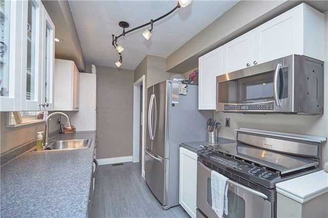 Detached at 2352 Smithville Rd, West Lincoln, Ontario. Image 11