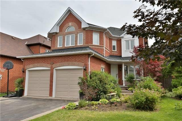Detached at 110 Hollybush Dr, Hamilton, Ontario. Image 1