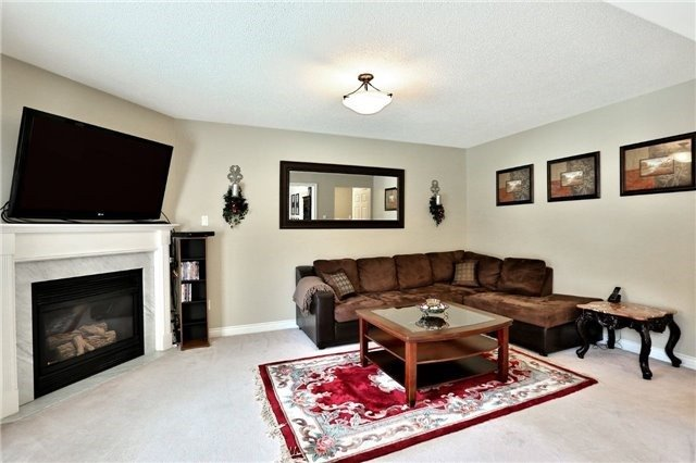 Detached at 110 Hollybush Dr, Hamilton, Ontario. Image 20
