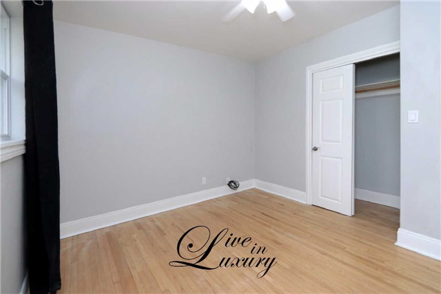 Detached at 37 Glengarry Rd, St. Catharines, Ontario. Image 7