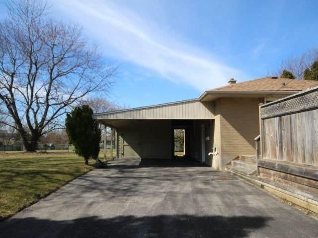Detached at 67 Highview Ave, London, Ontario. Image 5