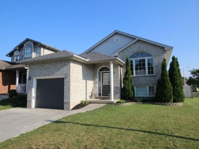 Detached at 41821 North St, St. Thomas, Ontario. Image 1