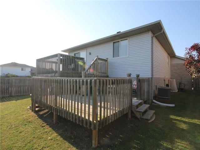 Detached at 41821 North St, St. Thomas, Ontario. Image 13