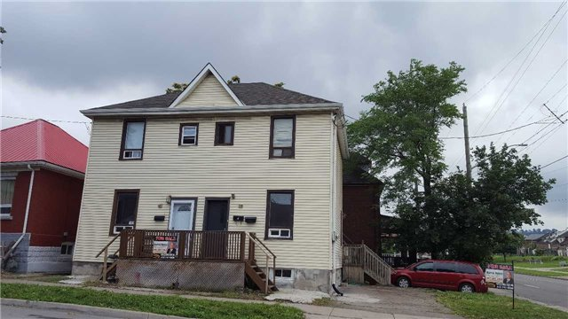 Semi-detached at 40 Princess St, Hamilton, Ontario. Image 1