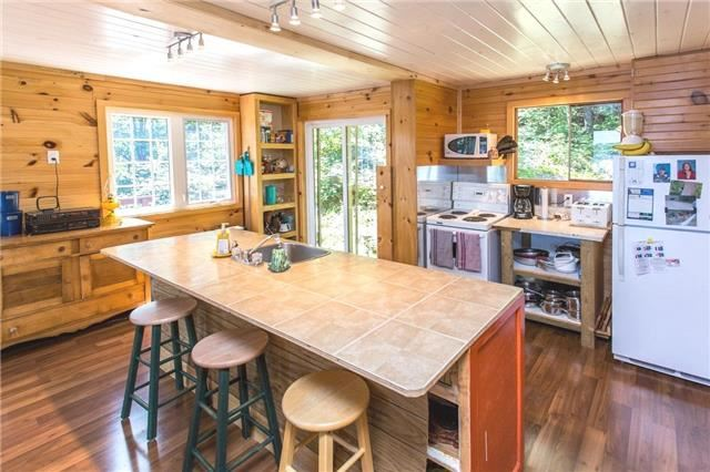 Cottage at 44B Hill Lane, South Algonquin, Ontario. Image 3