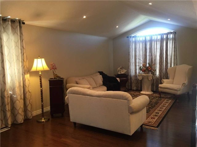 Detached at 6 Coulas Cres, Norfolk, Ontario. Image 12