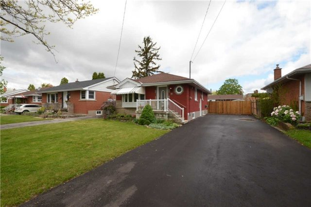 Detached at 55 Wildewood Ave, Hamilton, Ontario. Image 12