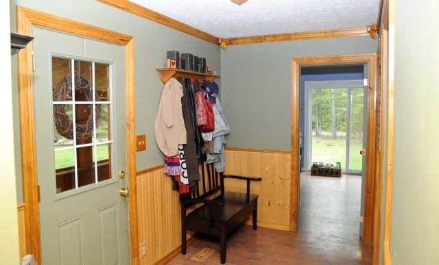Detached at 28 Fells Bay Rd, Kawartha Lakes, Ontario. Image 20