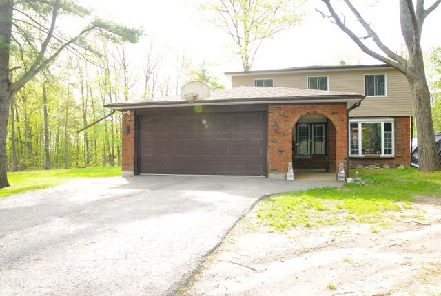 Detached at 28 Fells Bay Rd, Kawartha Lakes, Ontario. Image 11