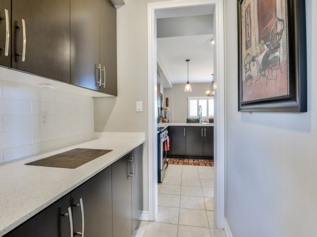 Detached at 944 O'reilly Cres, Shelburne, Ontario. Image 2