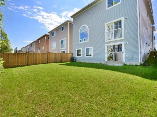 Detached at 944 O'reilly Cres, Shelburne, Ontario. Image 13