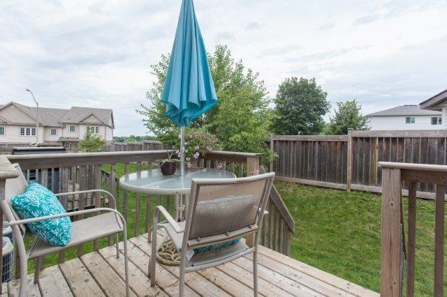 Condo With Common Elements at 355 Fisher Mills Rd, Unit 49, Cambridge, Ontario. Image 6