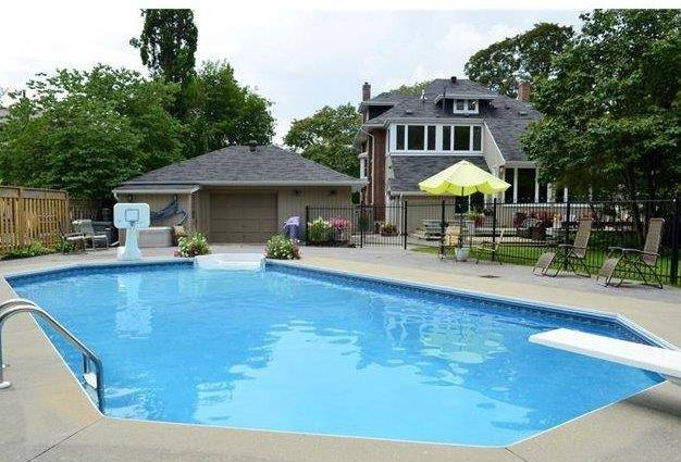 Detached at 203 Dufferin Ave, Brant, Ontario. Image 5