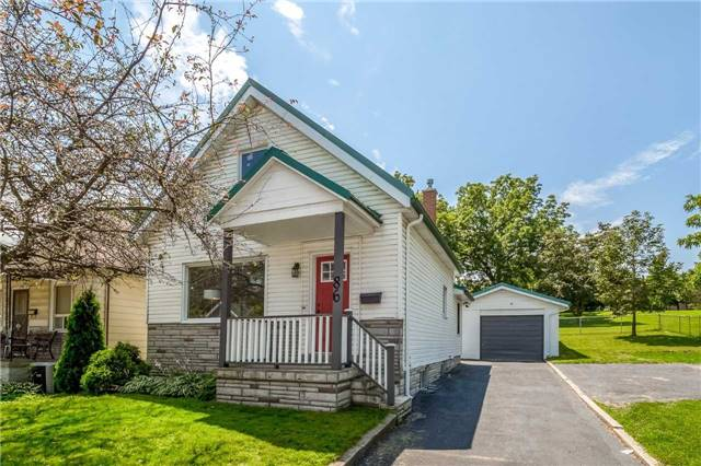 Detached at 86 Stevenson St N, Guelph, Ontario. Image 1
