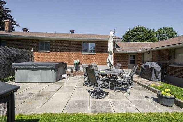 Detached at 172 County 28 Rd, Prince Edward County, Ontario. Image 2