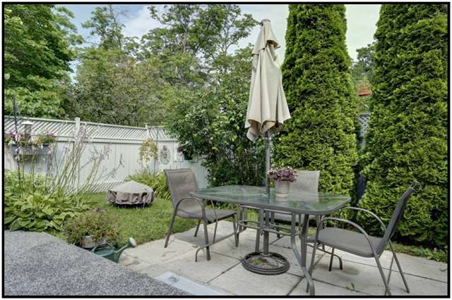 Detached at 22 Coronation Cres, Cobourg, Ontario. Image 11