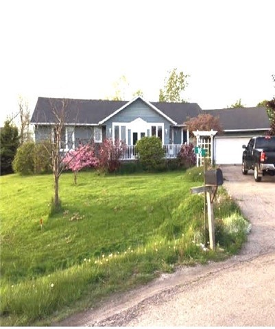 Detached at 16 Clearwater Crt, Haldimand, Ontario. Image 1