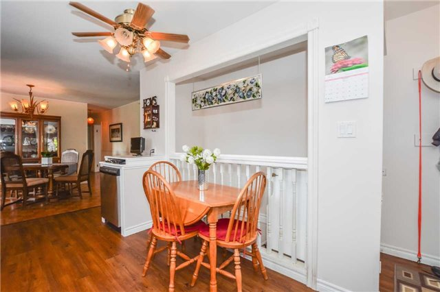 Detached at 5782 Second Line E, Guelph/Eramosa, Ontario. Image 13