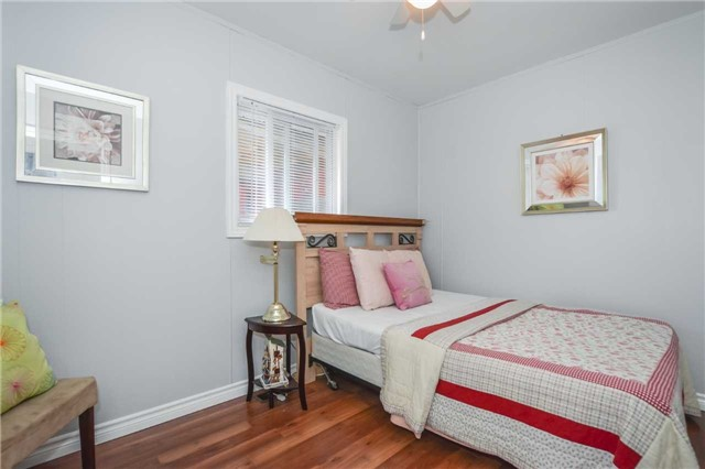 Detached at 5782 Second Line E, Guelph/Eramosa, Ontario. Image 15