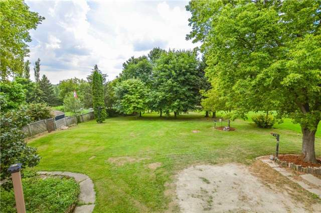 Detached at 5782 Second Line E, Guelph/Eramosa, Ontario. Image 6