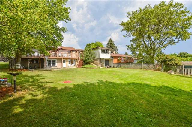 Detached at 5782 Second Line E, Guelph/Eramosa, Ontario. Image 7
