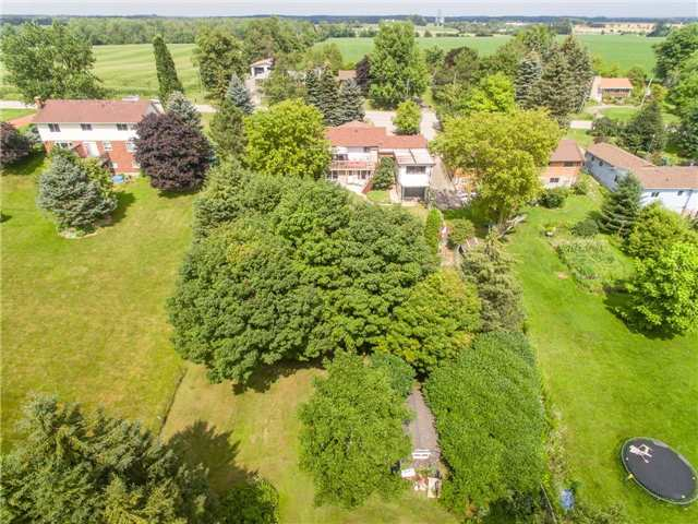 Detached at 5782 Second Line E, Guelph/Eramosa, Ontario. Image 8