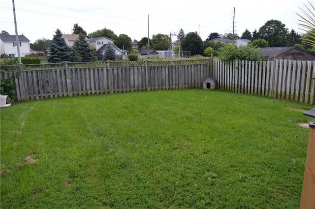Detached at 17 Sanders Dr, Port Hope, Ontario. Image 9