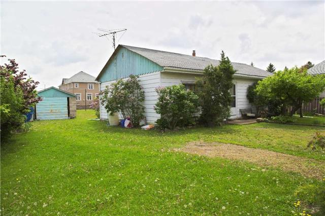 Detached at 194 First Rd W, Hamilton, Ontario. Image 7