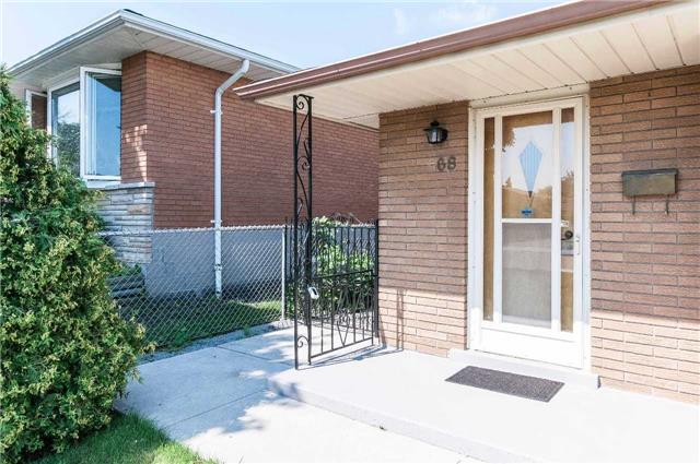 Detached at 68 Champlain Ave, Hamilton, Ontario. Image 14