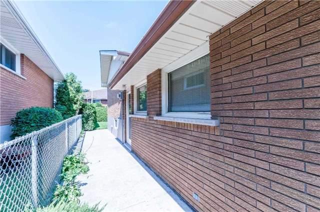 Detached at 68 Champlain Ave, Hamilton, Ontario. Image 11