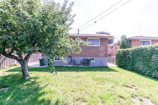 Detached at 68 Champlain Ave, Hamilton, Ontario. Image 13