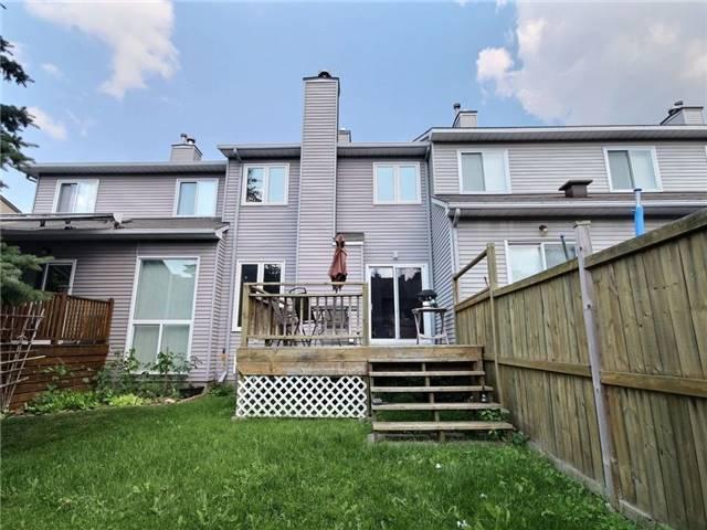 Townhouse at 621 Deancourt Cres, Ottawa, Ontario. Image 15