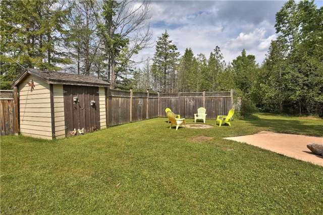 Detached at 130 Susan St, Meaford, Ontario. Image 10