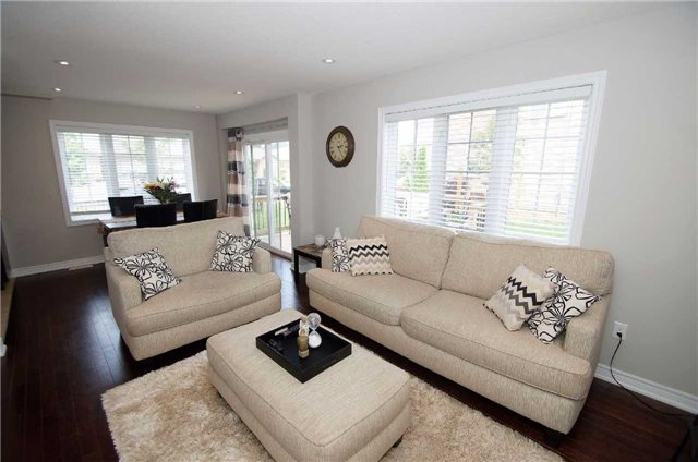 Condo With Common Elements at 77 Avery Cres, Unit 1, St. Catharines, Ontario. Image 7