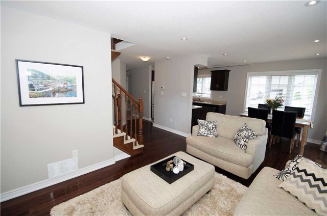 Condo With Common Elements at 77 Avery Cres, Unit 1, St. Catharines, Ontario. Image 8
