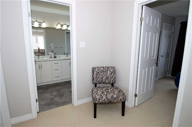 Condo With Common Elements at 77 Avery Cres, Unit 1, St. Catharines, Ontario. Image 13