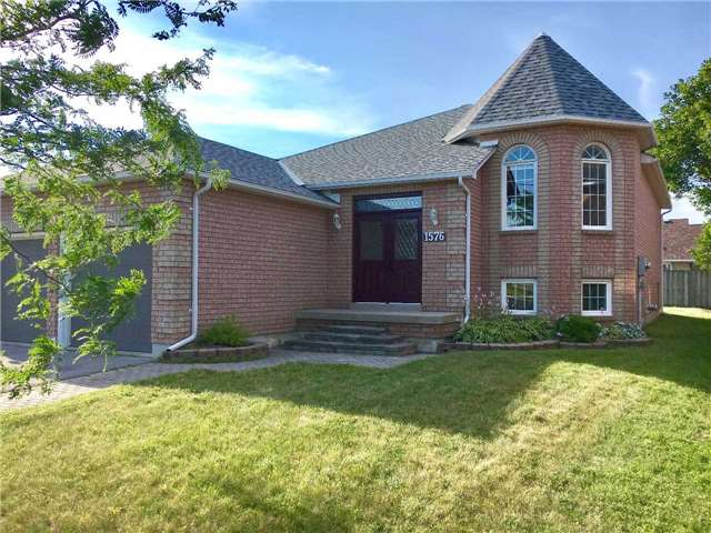 Detached at 1576 Glenforest Blvd, Peterborough, Ontario. Image 1