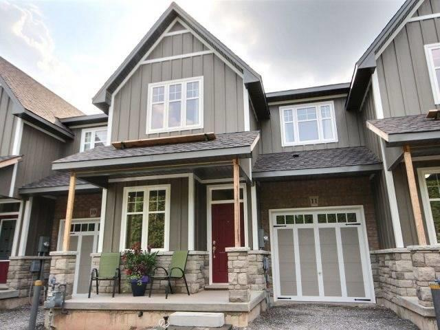 Townhouse at 8 Nelles Rd N, Unit 11, Grimsby, Ontario. Image 1