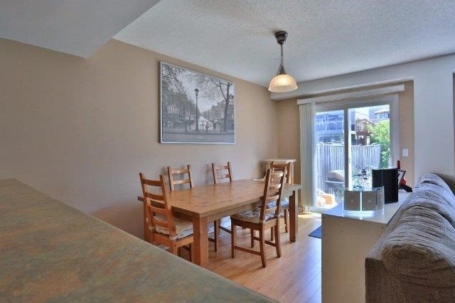 Townhouse at 281 Mcmeeken Dr, Cambridge, Ontario. Image 7