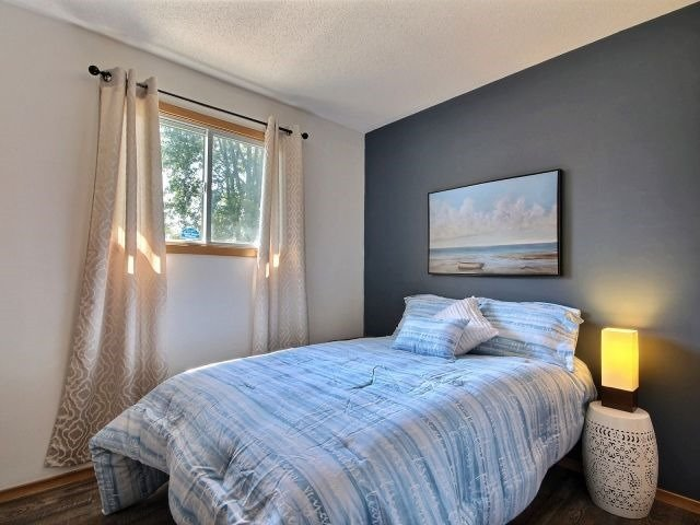 Detached at 32 Lakeview Cres, Norfolk, Ontario. Image 4