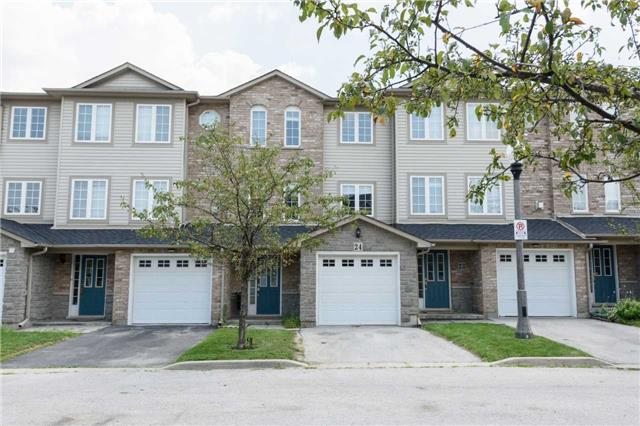 Condo Townhouse at 7 Southside Pl, Unit 24, Hamilton, Ontario. Image 1