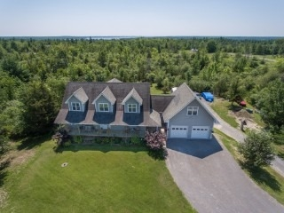 Detached at 144 Ellwood Cres, Galway-Cavendish and Harvey, Ontario. Image 12