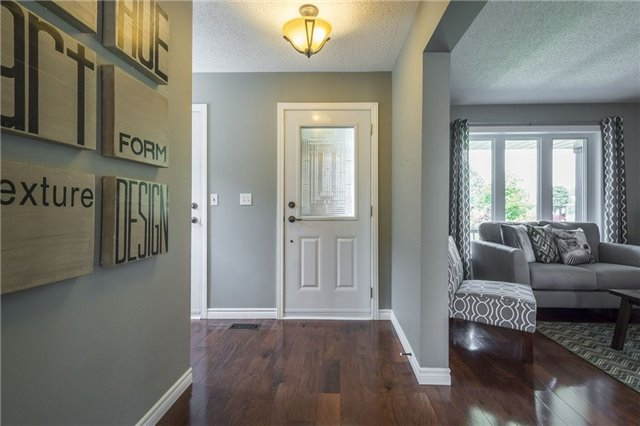 Detached at 525 Wilson Rd, Cobourg, Ontario. Image 12