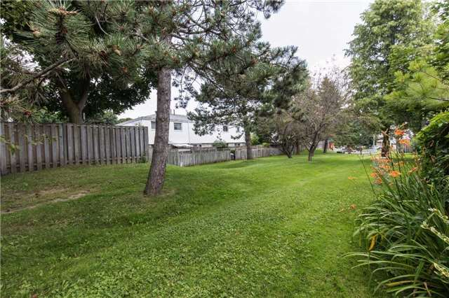 Condo Townhouse at 325 William St, Unit 32, Shelburne, Ontario. Image 13