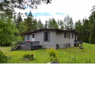 Cottage at 7 Moorings Dr, Kawartha Lakes, Ontario. Image 12