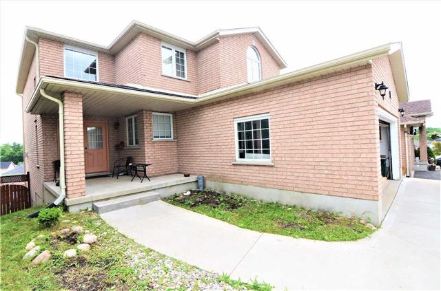 Detached at 96 Flaherty Dr, Guelph, Ontario. Image 1