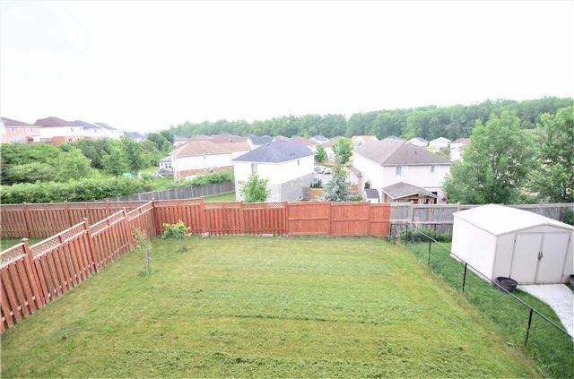 Detached at 96 Flaherty Dr, Guelph, Ontario. Image 7